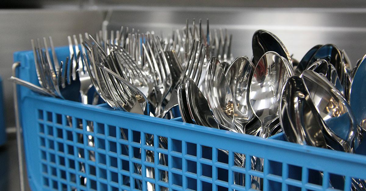 Giant List of 20 Essential Restaurant Kitchen Equipment